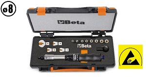 671B/C5 Assortment of torque bar, ratchet, sockets and open jaw wrenches