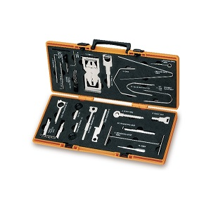 1765/C24 tools for pulling out car radios